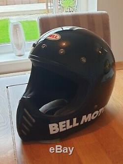 Bell Moto 3 Full Face Motorcycle Helmet Black, Medium, Retro, Classic