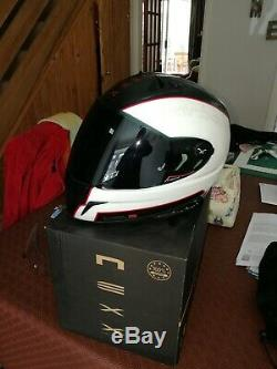 Nexx XR1R Carbon Full Face Helmet (White Red) excellent condition
